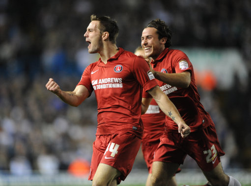 Charlton Athletic's Dorian Dervite (centre) celebrates his goal against Leeds United with Lawrie Wilson (right).